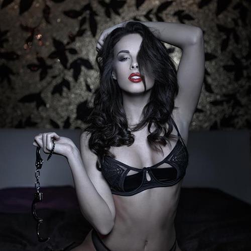 Sexy Girl, Black&White, Handcuffs